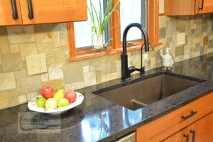 Kitchen with quartz kitchen countertops
