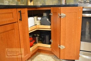 Kitchen cabinet with magic corner storage