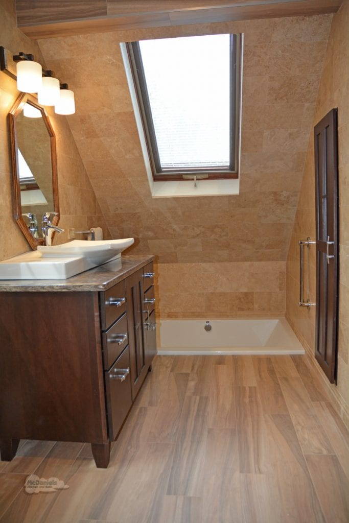 Bath design with wood look tile floor