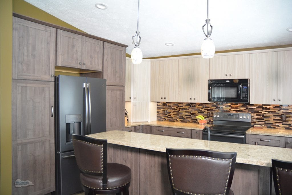 kitchen design with two-toned laminate countertop