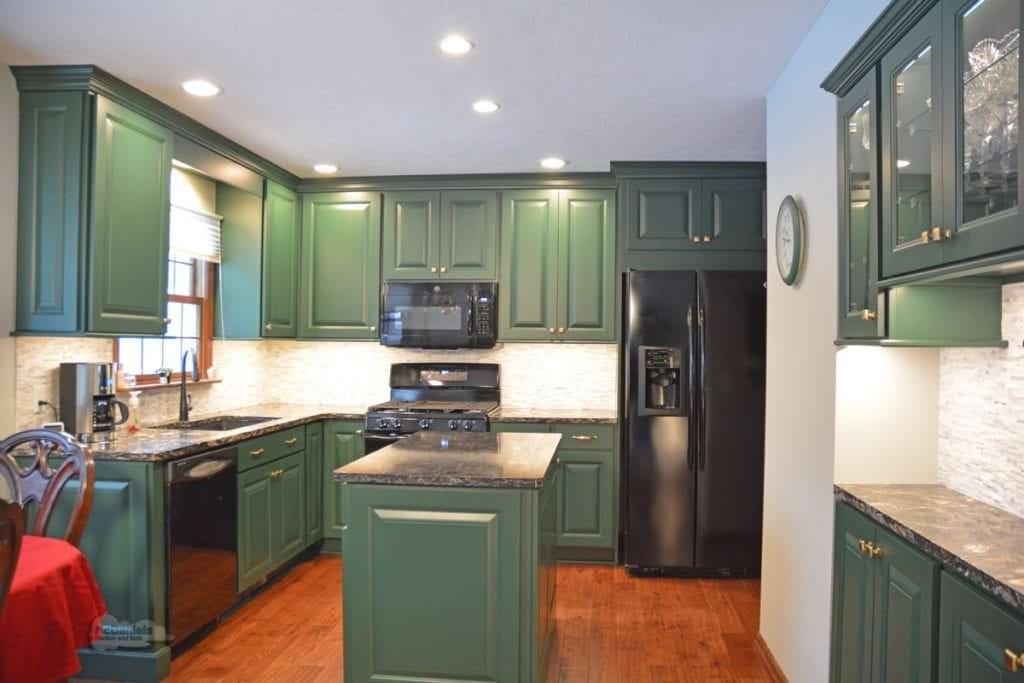 green kitchen design