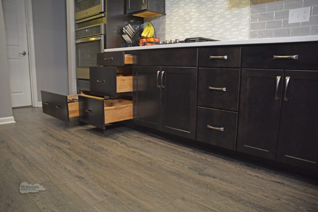kitchen design with deep drawers
