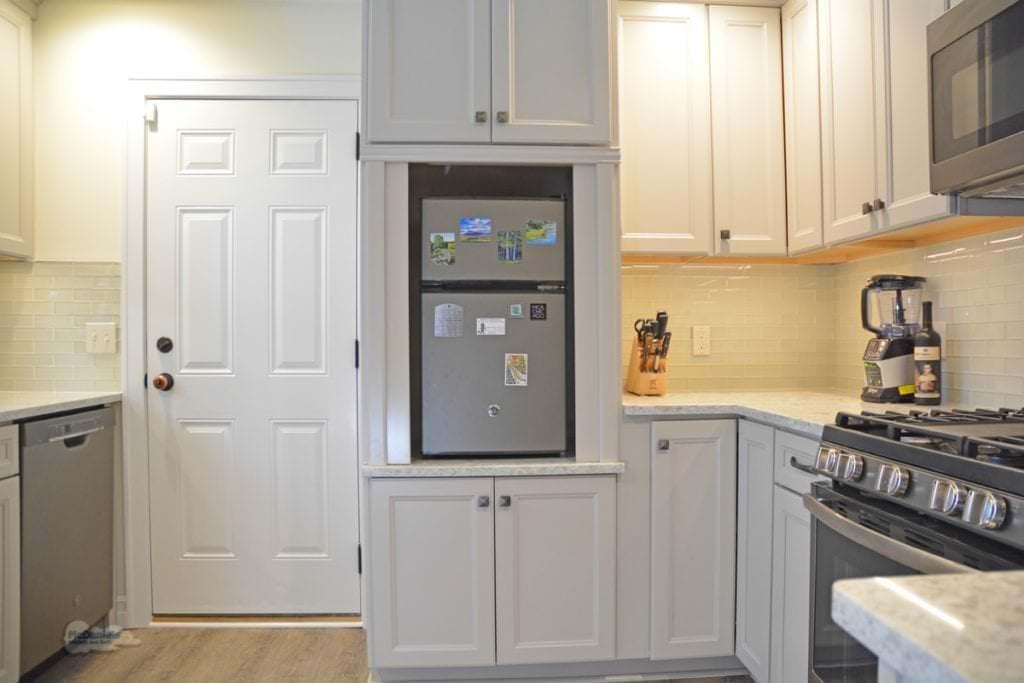 kitchen design with mini fridge