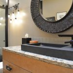 bath design with black metallic accessories