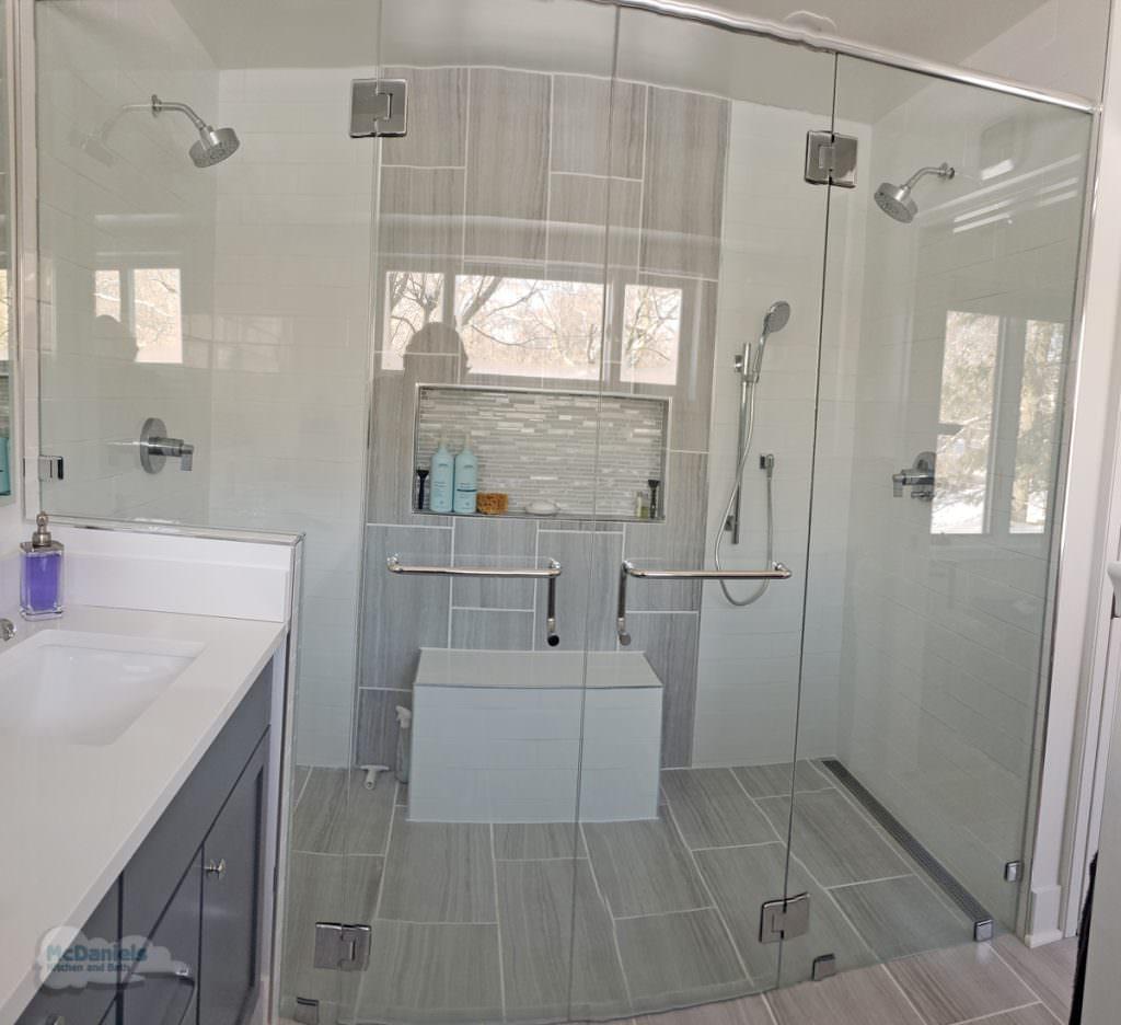 bath design with large shower
