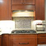 kitchen backsplash with tile feature