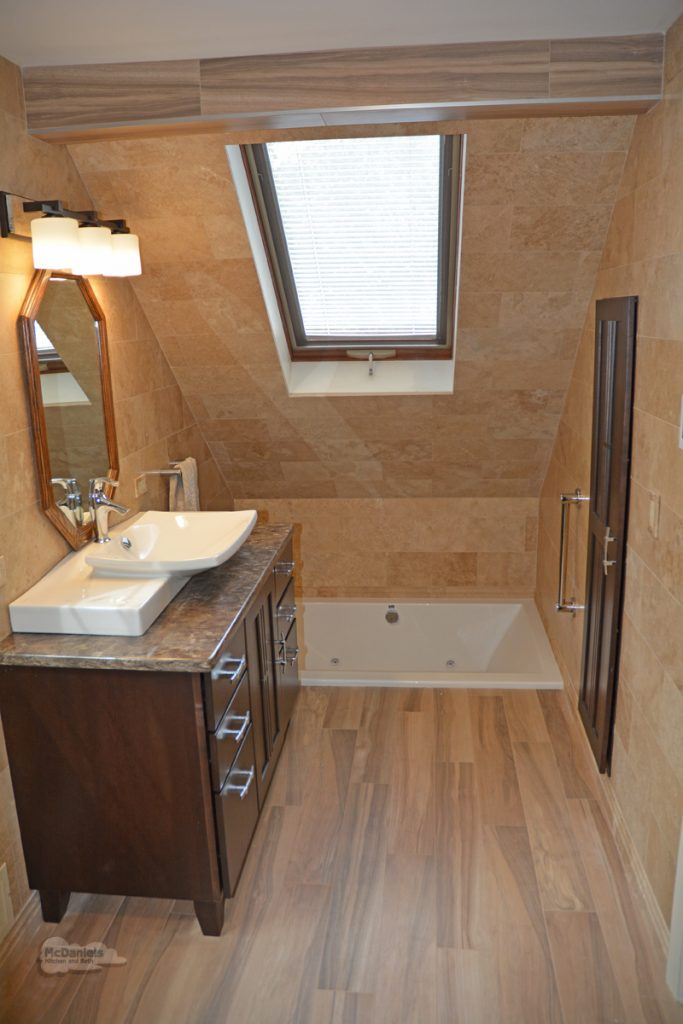 bath design with sunken tub
